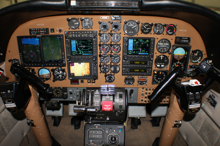 Twin Commander 690A